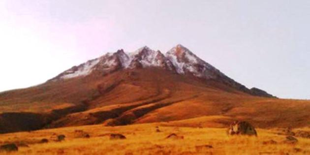 Hasan Dağı'na mevsimin ilk karı düştü
