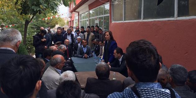 MHP adayı Nilgün Tosun'a gösterilen sevgi büyüyor