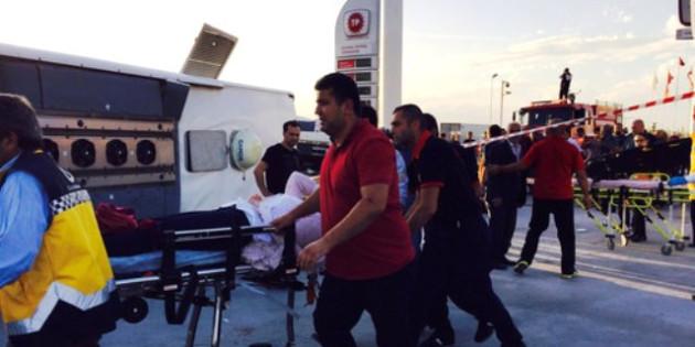 Aksaray'da feci kaza! 1 ölü, 42 yaralı