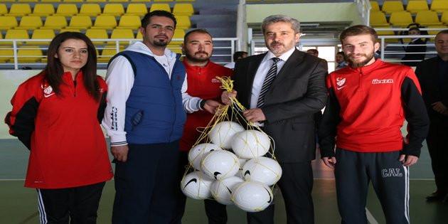 Futboldaki genç yetenekleri ASÜ'lüler tespit edecek