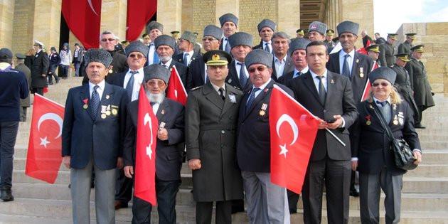 Gazilerden Başkan Yazgı'ya Anıtkabir ziyareti için teşekkür