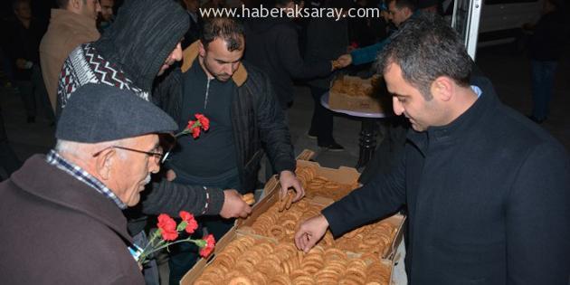 Aksaray Belediyesi 10 bin Kandil Simidi dağıttı