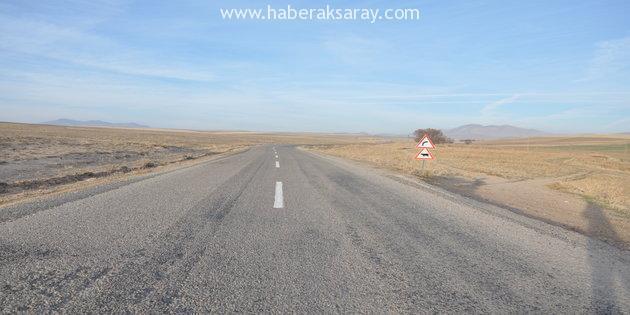 İl Özel İdaresi köy yollarını çiziyor