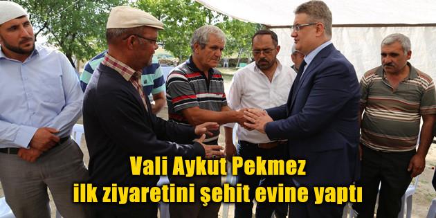 Vali Aykut Pekmez ilk ziyaretini şehit evine yaptı