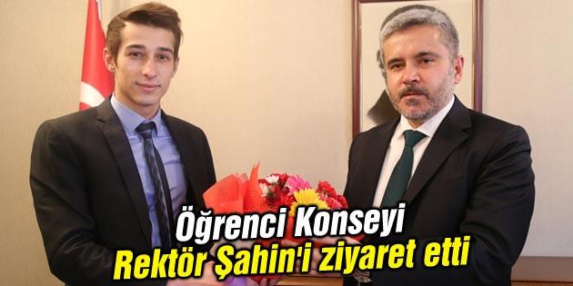 Öğrenci Konseyi Rektör Şahin'i ziyaret etti
