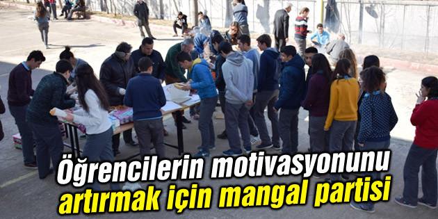 Öğrencilerin motivasyonunu artırmak için mangal partisi