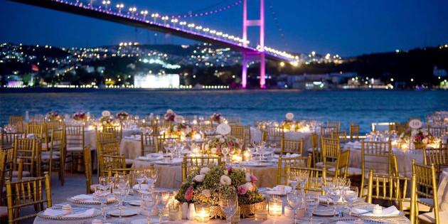 Yemekli Düğünler İçin Farklı Mekan Önerileri