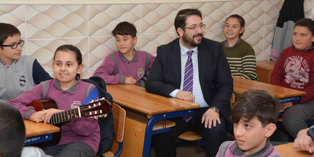 Başkan Yazgı mezun olduğu okulu ziyaret etti