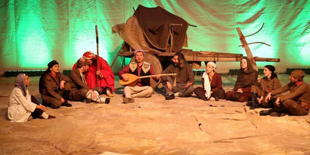 Milli Mücadelenin Cesur ve Kayıp Kadınları adlı oyun yoğun ilgi gördü