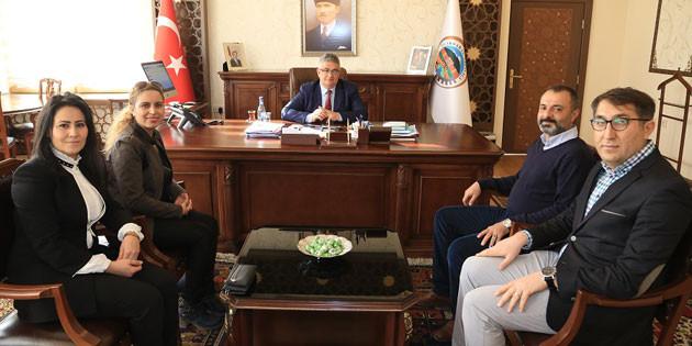 Türkiye Beyazay Derneği'nden Vali Aykut Pekmez'e ziyaret