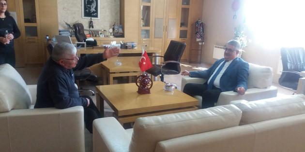 Vali Aykut Pekmez esnafları ziyaret etti