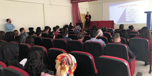 Meslek danışmanları Ortaköy'de öğrencilerle buluştu