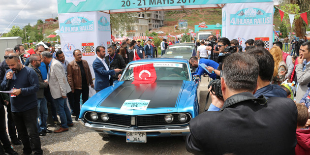 Klasik otomobiller Aksaray'da buluşuyor