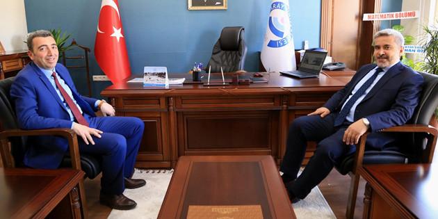 Şahin'den Rektör Yardımcısı Deligöz'e hayırlı olsun ziyareti