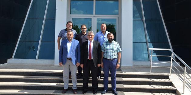 Vali Aykut Pekmez'den ATSO'ya hayırlı olsun ziyareti