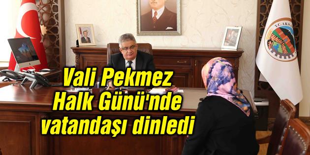 Vali Pekmez, Halk Günü'nde vatandaşı dinledi
