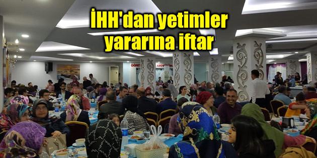 İHH'dan yetimler yararına iftar