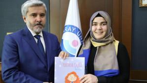 ASÜ öğrencisi Merve Koçak, çocuklar için kitap yazdı