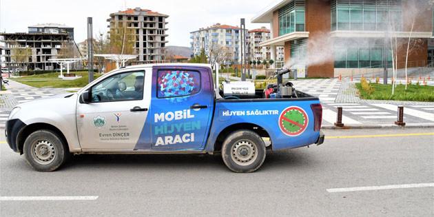 Aksaray'da mobil dezenfekte araçları kesintisiz çalışıyor
