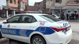 Aksaray'da polisten vatandaşlara 'Evinize dönün' çağrısı