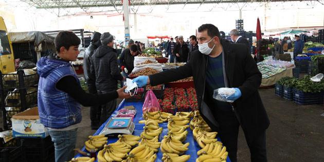 Aksaray'da pazar yerlerinde koronavirüs tedbirleri