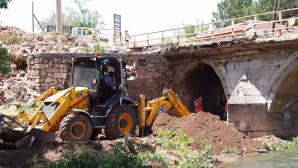 Tarihi Kalanlar Köprüsü restore ediliyor