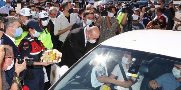 İçişleri Bakanı Soylu, Aksaray'da trafik denetimine katıldı
