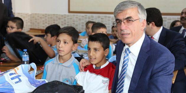 Aksaray'da 79 bin 600 öğrenci ders başı yaptı