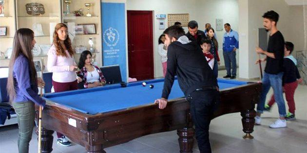 Aksaray Gençlik Merkezi'ne yoğun ilgi