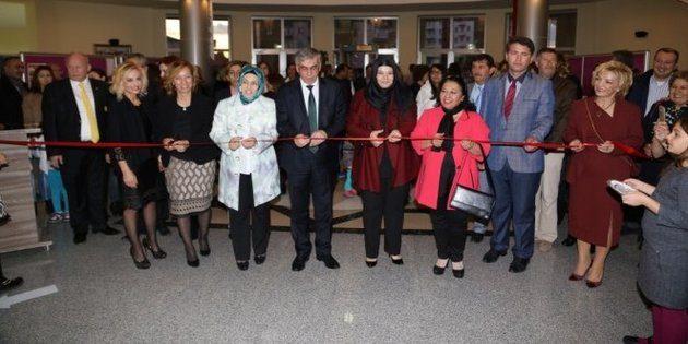 Gelveri Sanat Evi Karma Resim Sergisi törenle açıldı