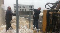 İl Özel İdaresi trafik işaretleri montaj çalışmaları devam ediyor