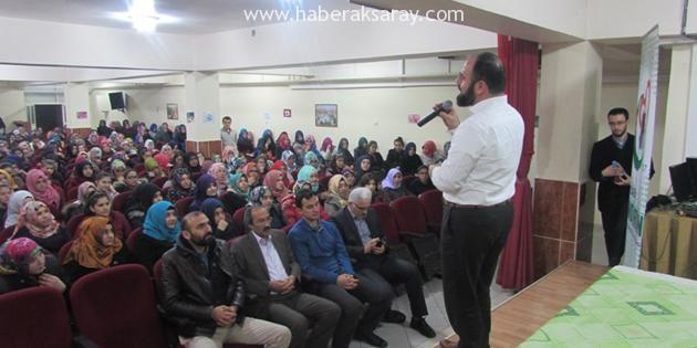 İlahiyatçı Yazar Ahmet Bulut öğrencilerle buluştu