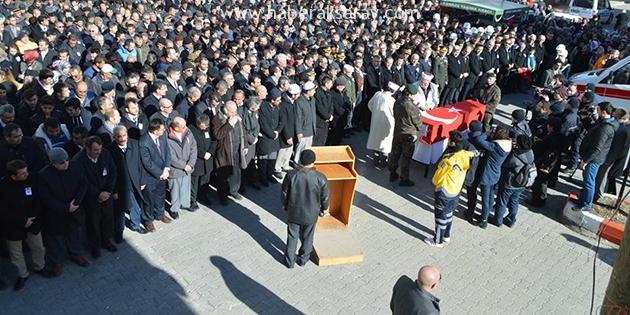 Şehit Polis Ayhan Demirel
