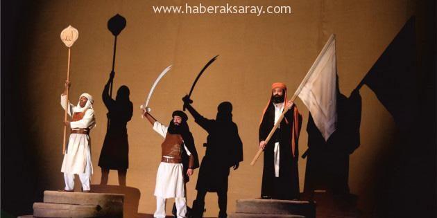 Ömer Bin Hattab isimli tiyatro oyunu izleyici ile buluştu
