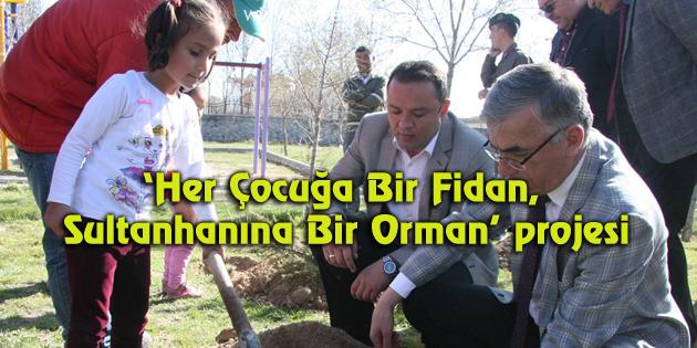 Sultanhanı Belediyesi öğrencilere 10 bin fidan dağıttı