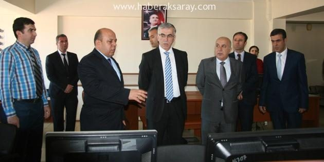 Vali Şeref Ataklı Emniyet Müdürlüğünü ziyaret etti