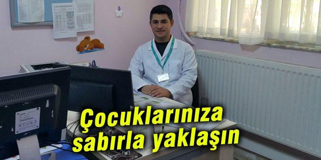 Uzm. Dr. Halil Kara: Çocuklarınıza sabırla yaklaşın