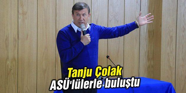 Tanju Çolak ASÜ'lülerle buluştu