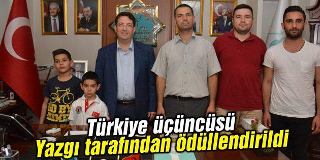 Türkiye üçüncüsü Başkan Yazgı tarafından ödüllendirildi