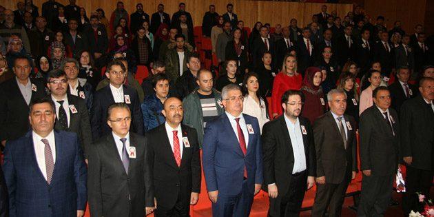 Öğretmenler Günü Kültür Merkezi'nde düzenlenen törenle kutlandı