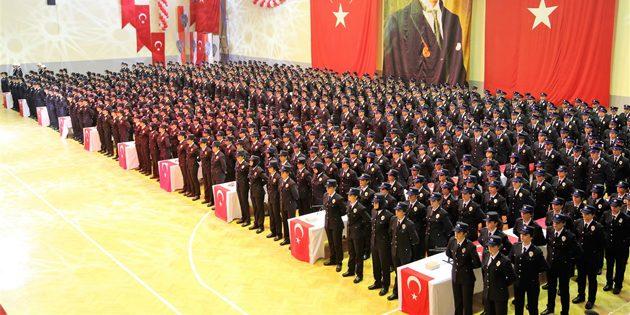Aksaray'da 651 polis adayı mezun oldu