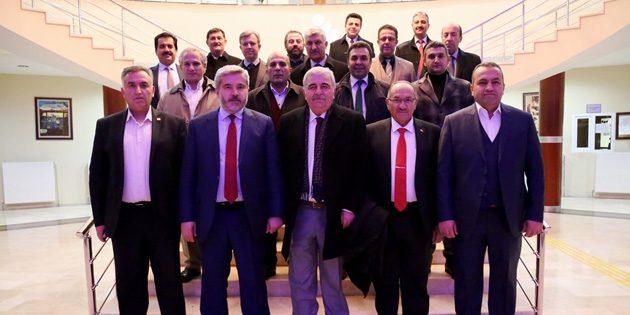 ASÜ yönetimi mesleki birliklerin temsilcileriyle buluştu