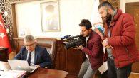 Vali Pekmez Anadolu Ajansı'nın 'Yılın Fotoğrafları' oylamasına katıldı