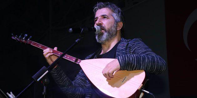 """Zeytin Dalı Gecesi """"Dünden Bugüne Çanakkale Zaferi"""" konseri yapıldı"""