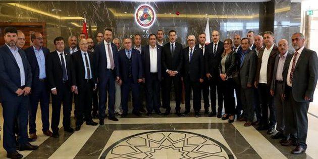 Gümrük ve Ticaret Bakanı Tüfenkci Aksaray heyetini kabul etti