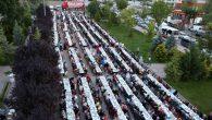 """""""Gönül sofrası"""" iftar yemeğine 3 bin kişi katıldı"""