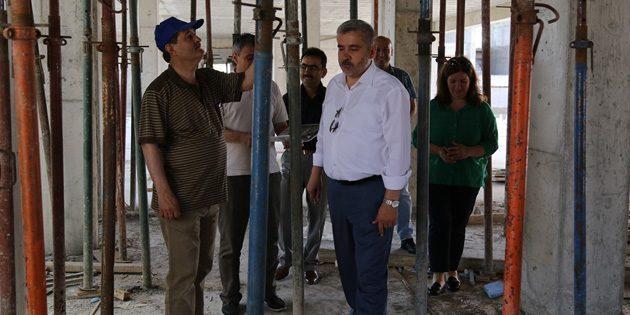 ASÜ Fen Edebiyat Fakültesi ek blok inşaatı ilerliyor