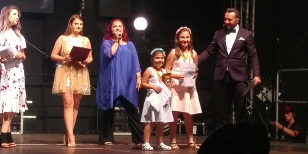 Minik yüreklerin Romanya'da büyük başarısı