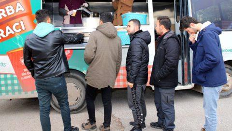 Aksaray'da her noktada ücretsiz çorba
