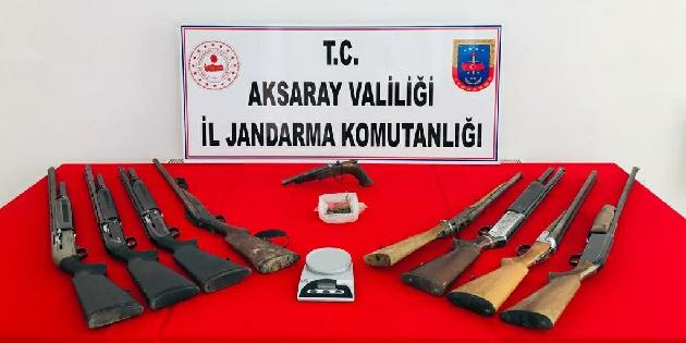 Aksaray'da silah ve uyuşturucu ticareti yapan 1 kişi gözaltına alındı